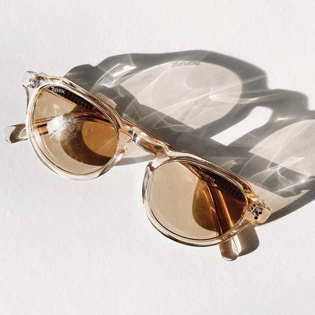 זום אין נוטף סטייל. מה צריך יותר מזה? 📸 קולקציית משקפי השמש של #seven מחכה לכם עכשיו באתר>> קליק על הביו ואתם במקום הנכון💋