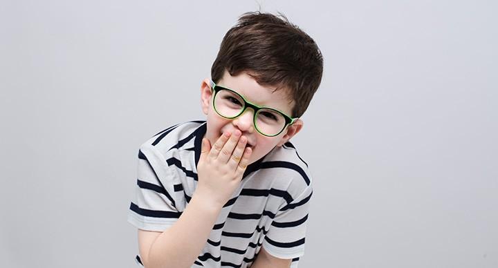 כך תפיגו את החשש של הילדים להרכיב משקפיים